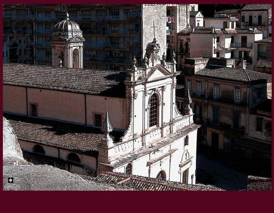 Per le vie di Modica foto n. 91  di Enzo Belluardo (2307 clic)