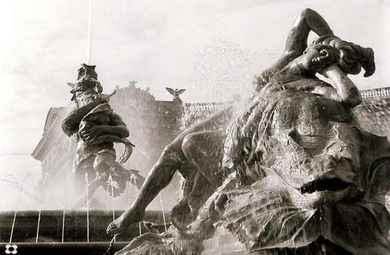 La Fontana delle Naiadi - Roma (3025 clic)