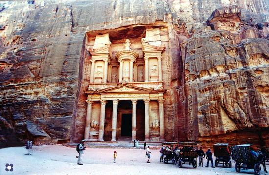 Petra, città dei Nabatei (597 clic)