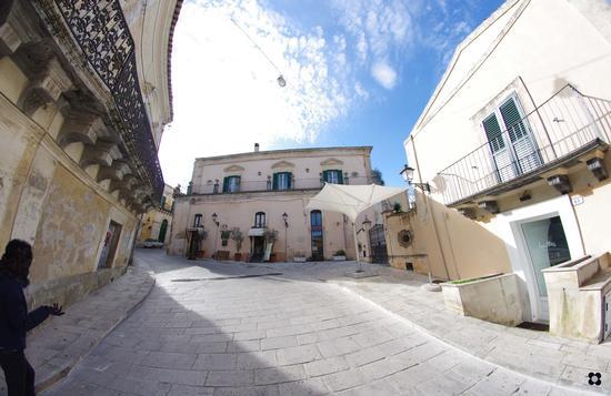 Ibla, verso il Centro Storico - Ragusa (2633 clic)