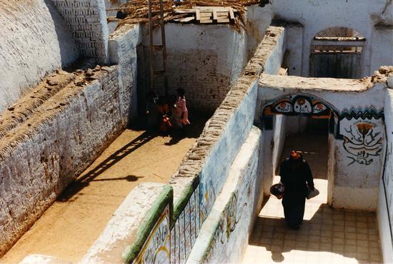casa tipica lungo le rive del Nilo (583 clic)