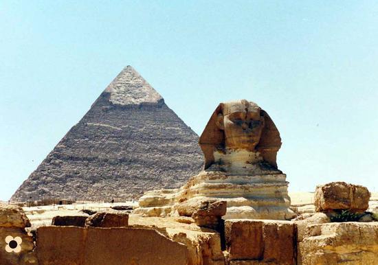 Alto Egitto, la Piramide di Keope e la Sfinge (919 clic)