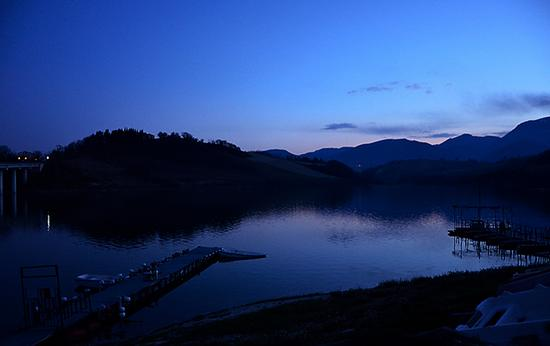 L'ora blu - Cingoli (1415 clic)