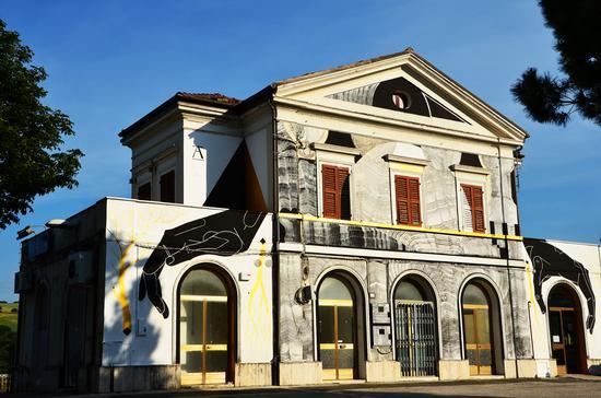 Stazione di Serra San Quirico/Pop Up (1107 clic)
