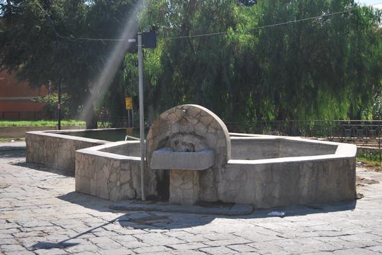 Fontana di Delia (3109 clic)
