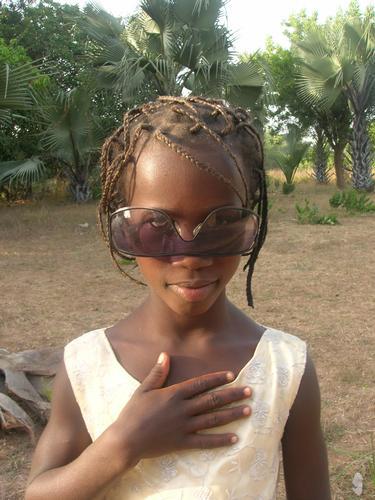 occhiali da sole sconosciuti (1011 clic)