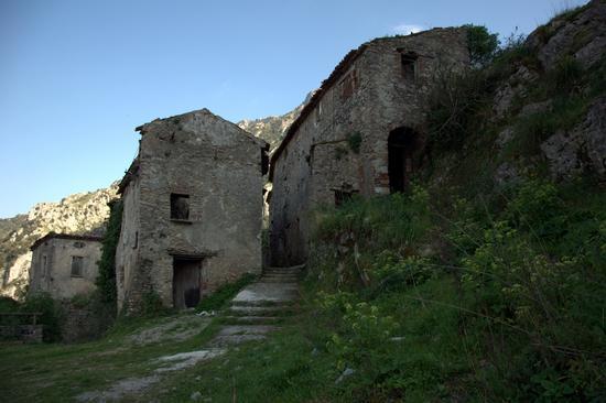 S.Severino di Centola Borgo Medievale (1985 clic)