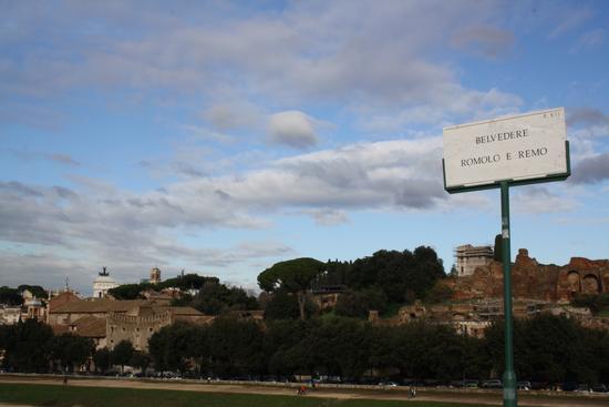 - Roma (3166 clic)