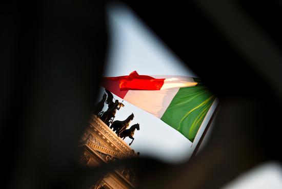 Tricolore al Vittoriano Roma (3228 clic)