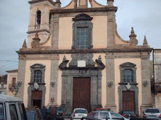 chiesa madre  - Linguaglossa (2826 clic)
