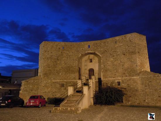 torre di Rossano (496 clic)