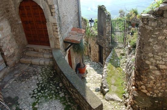 scorcio medievale - Norma (5481 clic)