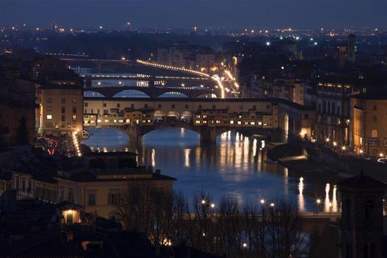 Ponte Vecchio-Night - Firenze (2327 clic)