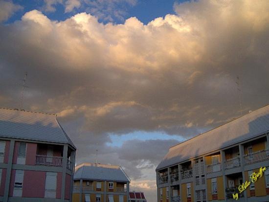 Tetti e nuvole - Roma (1038 clic)