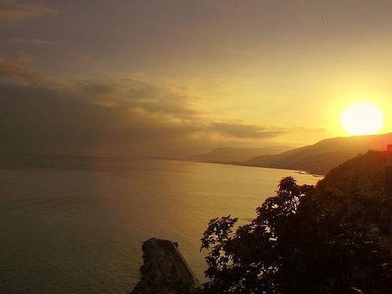 Alba nel golfo - Pizzo (4376 clic)