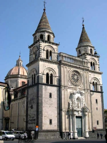 Acireale - Basilica Cattedrale Maria S.S. Annunziata (3740 clic)