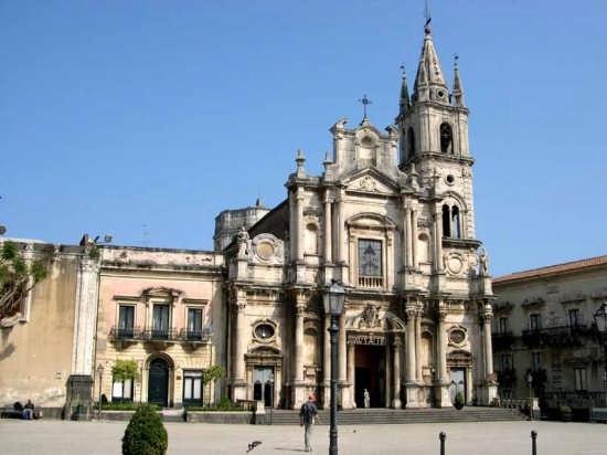 Acireale - Basilica dei Santi Pietro e Paolo (5499 clic)