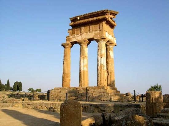 Tempio di Castore e Polluce - Agrigento (6809 clic)