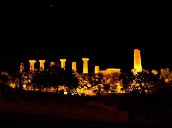 Tempio di Ercole - Agrigento (3164 clic)