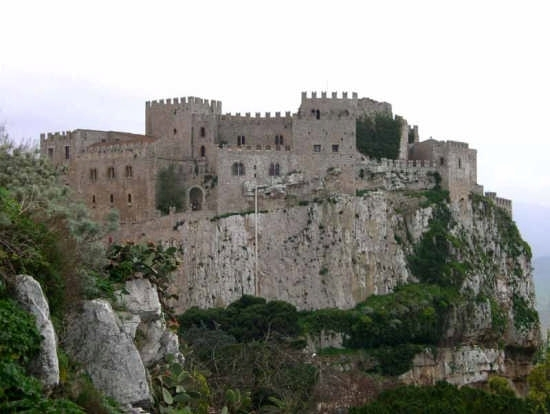 Il Castello - Caccamo (3731 clic)