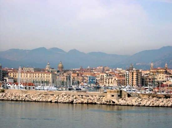 Palermo vista dal mare (5935 clic)