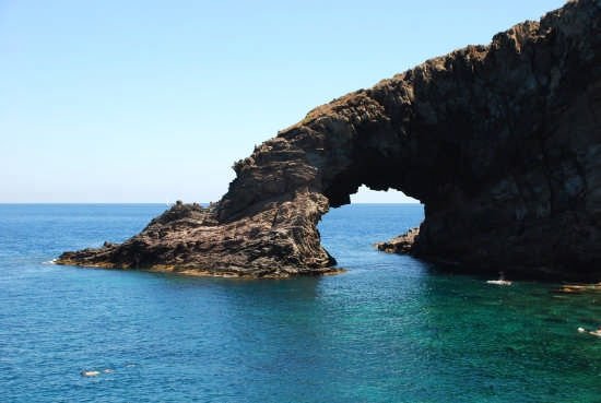 Arco dell' Elefante - Pantelleria (3335 clic)
