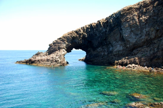 Arco dell' Elefante - Pantelleria (4617 clic)