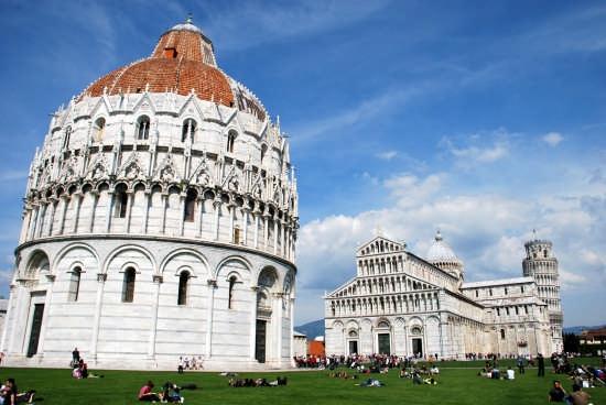 Piazza dei Miracoli - Pisa (3378 clic)