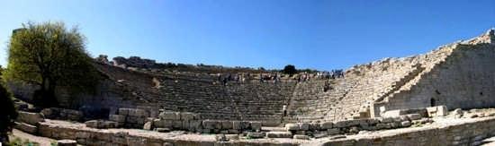 Il Teatro - Segesta (3112 clic)
