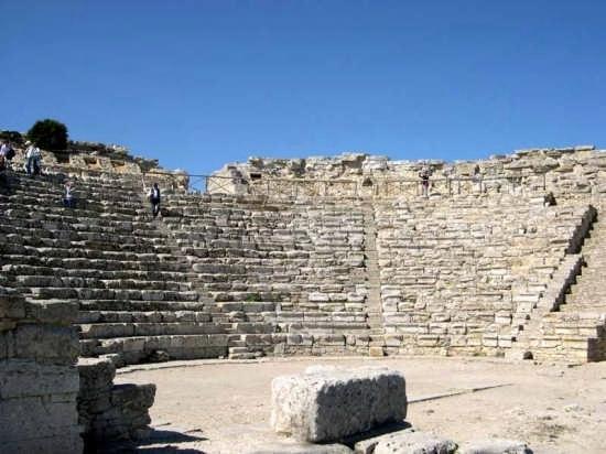 Il Teatro - Segesta (3239 clic)