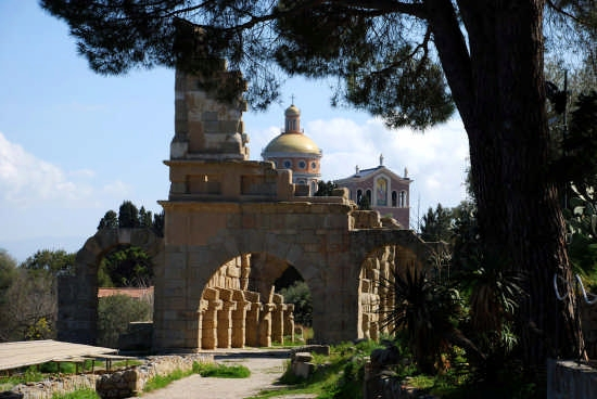 Le rovine greche - Tindari (3119 clic)