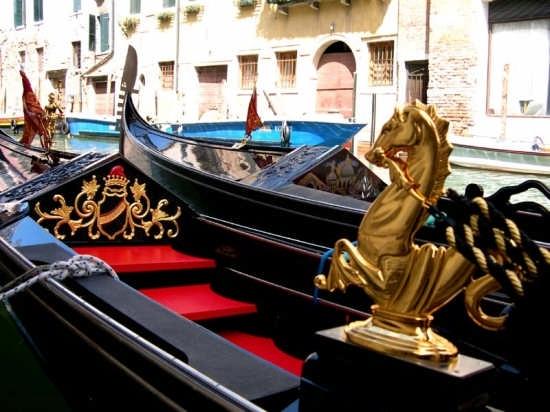 Le gondole - Venezia (2856 clic)