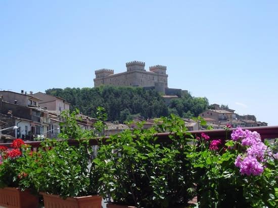 Castello Piccolomini    - Celano (5706 clic)