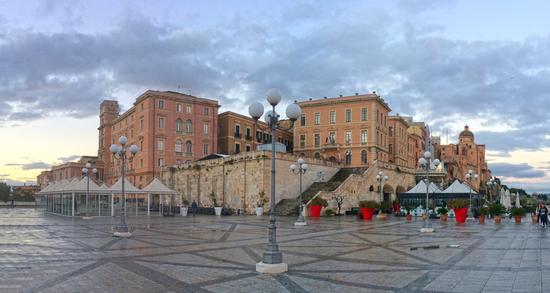 Terrazze del Bastione, Quartiere Il Castello - Cagliari (611 clic)