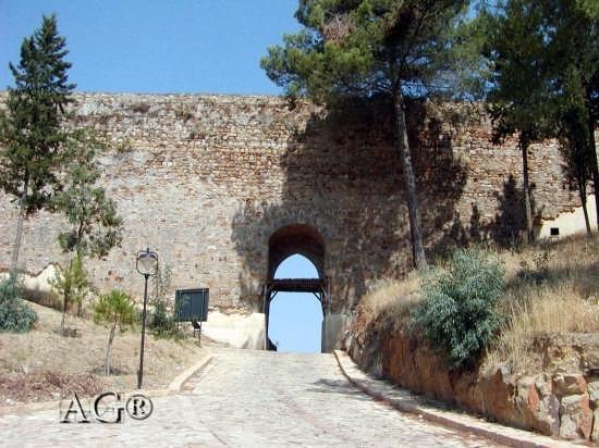 Castello arabo-normanno - Nicosia (3625 clic)