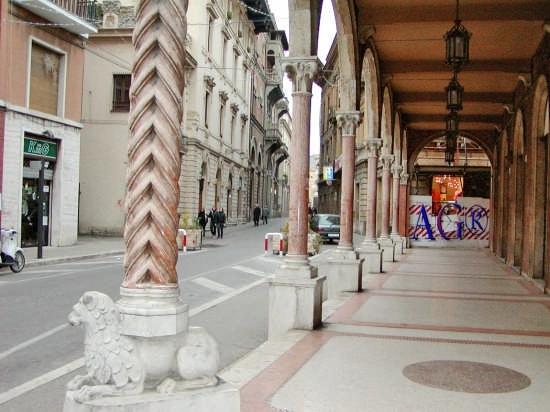 Corso Cerulli - Teramo (9309 clic)