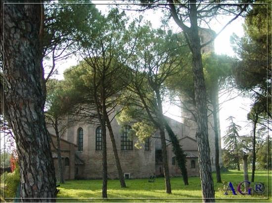 Basilica S.Apollinare in Classe - Ravenna (7902 clic)