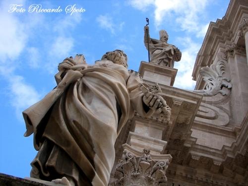 Siracusa Piazza Duomo (2696 clic)