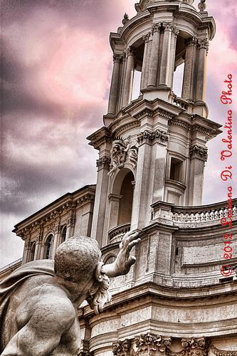 Fontana dei Fiumi - Piazza Navona - Roma (1292 clic)