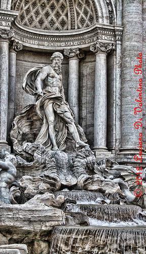 Fontana di Trevi (1) - Roma (1813 clic)