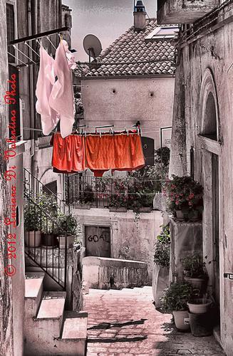 Tra i vicoli di Monte Sant'Angelo (2388 clic)