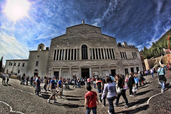 Chiesa Santa Maria delle Grazie - San giovanni rotondo (1393 clic)