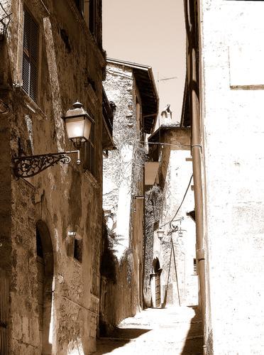 ANTICHE VIE - Tagliacozzo (1600 clic)