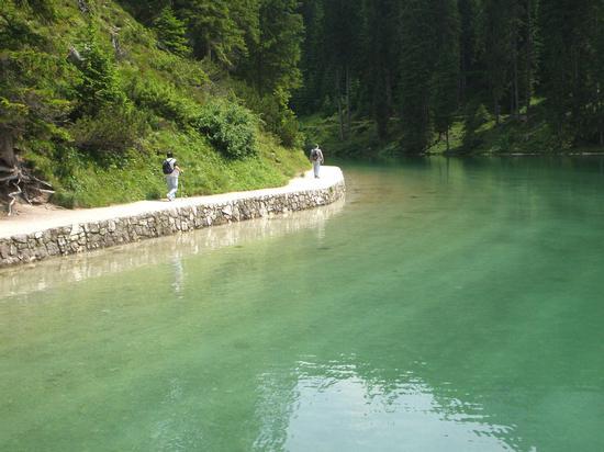 Lungo il sentiero del lago Braies - Alta pusteria (1920 clic)