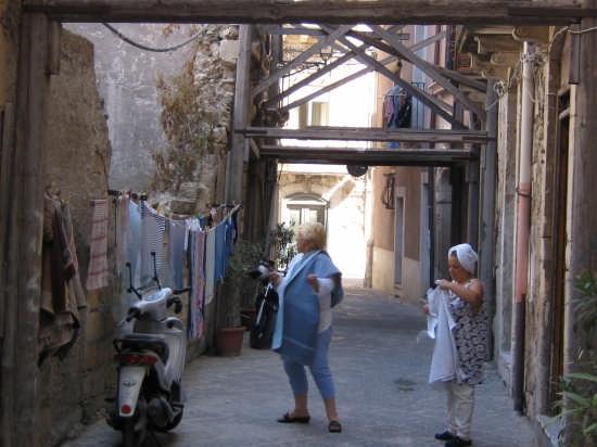 La bella lavanderina - SIRACUSA - inserita il 07-Jul-07