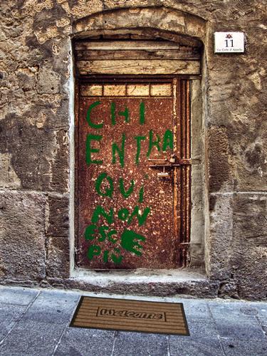 Chi entra qui non esce più... Welcome! - Cagliari (1122 clic)
