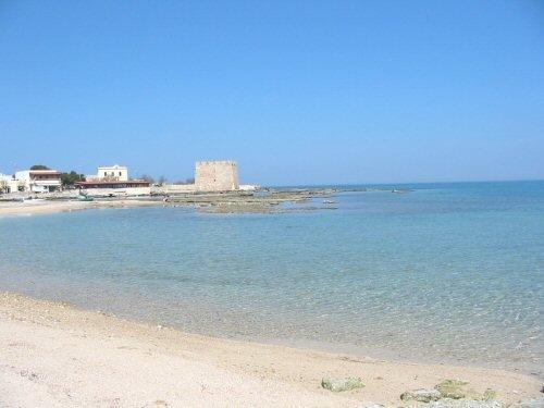 Spiaggia della Torre - Carovigno (7414 clic)