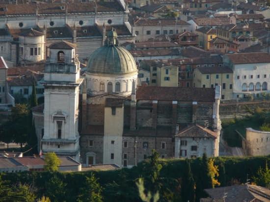 Verona-La chiesa di S. Giorgio (4134 clic)