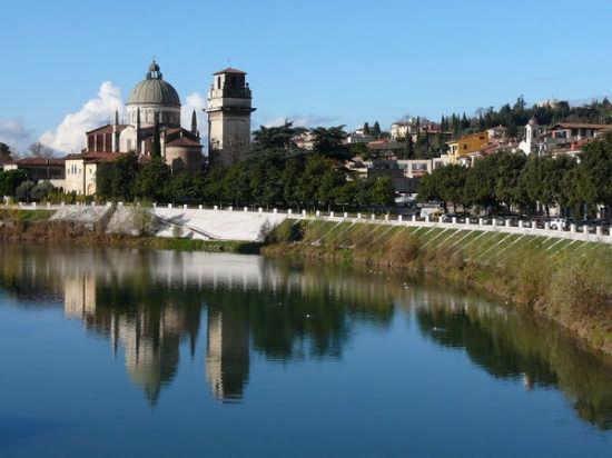 Verona-La chiesa di S. Giorgio (7890 clic)