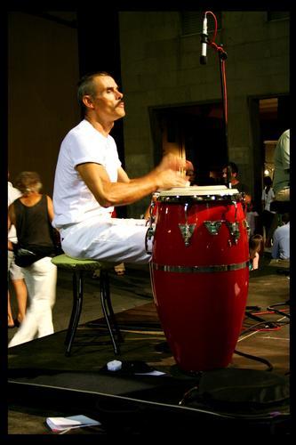 Esta est Musica! - San lorenzo a vaccoli (1633 clic)